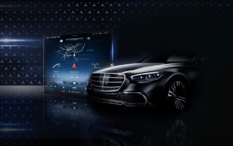 Mercedes Benz S-Class.  - Mercedes Benz