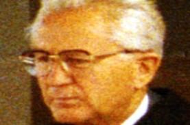 Obituari: Karl Albrecht, Lolos Perang Dunia II hingga…