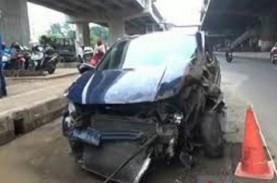 Mahasiswi Tabrak Pengendara Motor Hingga Tewas, Korban…