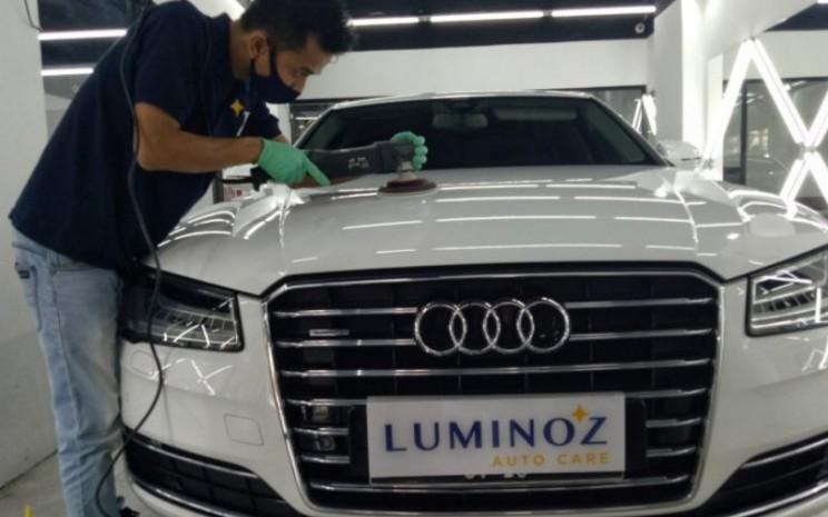 Luminoz yang bercita-cita memiliki empat gerai pada tahun ini membebaskan biaya perawatan bagi semua konsumennya.  - ANTARA