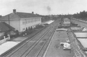 Tapak Tilas Stasiun Pasar Senen, Era Kolonial hingga…