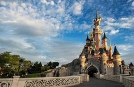 Disney Larang Pengunjung Makan dan Minum Sambil Berjalan