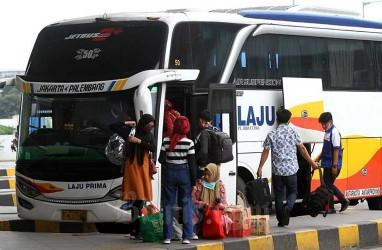SIKM Ditiadakan, Setiap Hari Ribuan Penumpang Padati Terminal