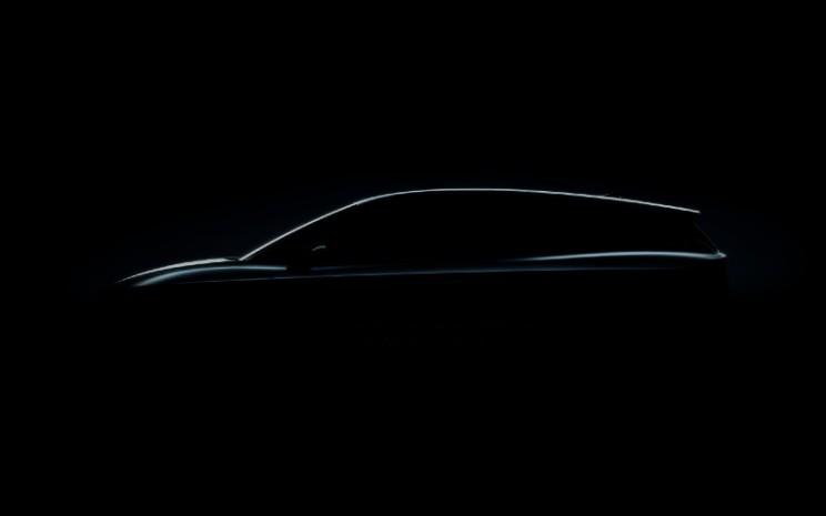 Siluet Skoda Enyaq iV. Skoda akan merayakan peluncuran perdana global model SUV sepenuhnya listrik berbasis MEB Volkswagen tersebut di Praha pada 1 September 2020. - Skoda