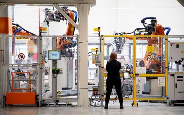Akademi Industri 4.0 SEAT mencakup lima modul : Pabrik Digital, Teknologi Pabrikan, Mobilitas Listrik, Organisasi Industri, dan Keterampilan Lunak. Setelah menyelesaikan modul pertama pada Mei 2020, siswa saat ini mengambil yang kedua, yang berakhir pada akhir Juli. - SEAT
