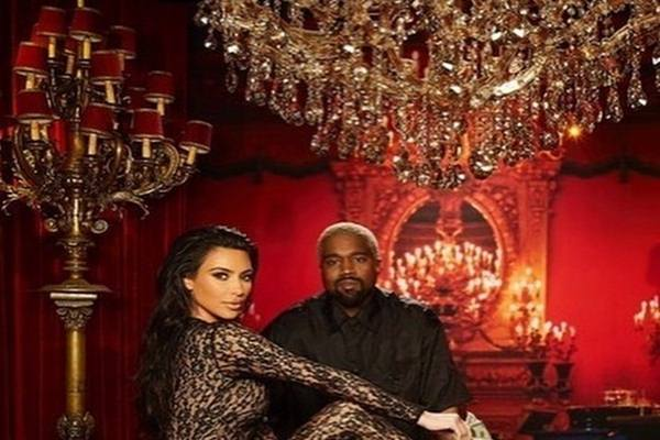 Kim Kardashian dan Kanye West - Instagram@kimksnapchats