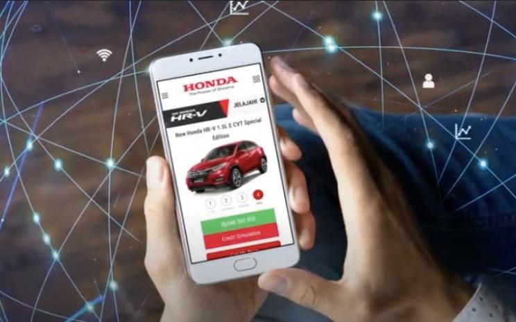 Platform daring penjualan produk otomotif.  - HPM