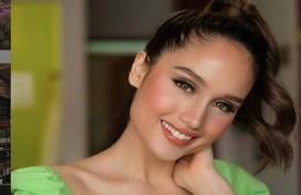 Cinta Laura Ungkap Alasan Prioritaskan Pendidikan daripada Karier di Podcast Sandiaga