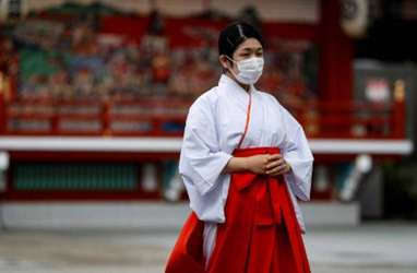 Karyawan Positif Covid-19, Jepang Wacanakan Kerja Daring
