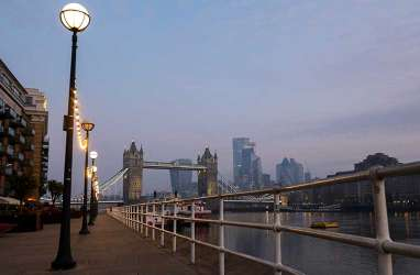 Penjualan Industri Perhotelan Inggris Merosot 87 Persen, Terpukul Lockdown