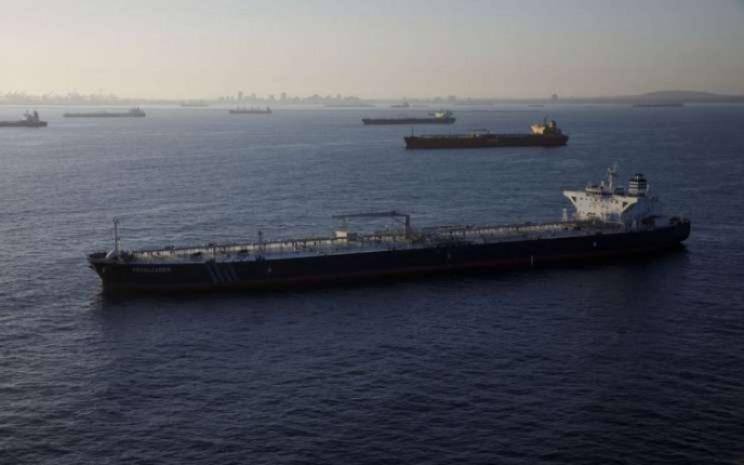 Ilustrasi kapal tanker pengangkut minyak. Bloomberg