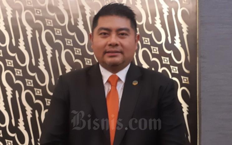 Direktur Cisadane Sawit Raya Seman Sendjaja mengatakan perseroan meraup dana sebesar Rp51 miliar melalui initial public offering (IPO). - Bisnis - Pandu Gumilar