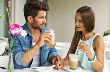 5 Kode Bahasa Cinta Dari Pasangan Anda