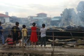 4 Rumah di Batam Terbakar, Kerugian Ditaksir Rp 1…