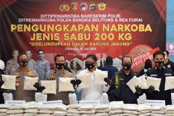 "Operasi Gabungan ""White Corn 2020"" Bea Cukai dan Bareskrim Polri Ungkap Peredaran Gelap 200 Kg Narkoba"