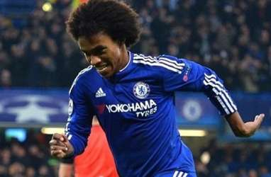 Barcelona Saingi Arsenal & Tottenham Boyong Willian dari Chelsea