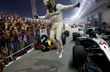 Starting Grid F1 GP Britania Minggu Malam, Hamilton Pole Position