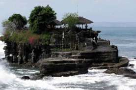Tanah Lot Mulai Ramai Dikunjungi Wisatawan