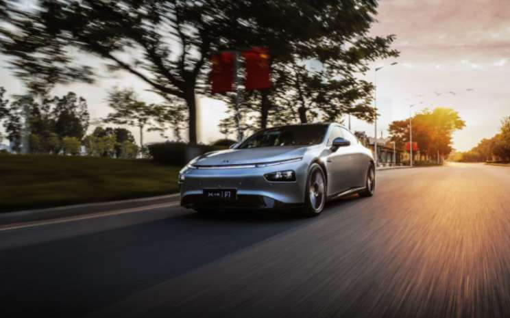 Xpeng P7, sedan coupe sepenuhnya listrik.  - Xpeng