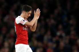 Legenda Arsenal ini Sebut Ozil Sudah Tidak Peduli…