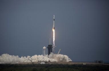 5 Berita Terpopuler, Kapsul SpaceX Kembali ke Bumi dengan Gaya Retro dan Apple Hapus 30.000 Aplikasi di App Store China