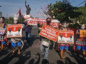Warga Solo Jawa Tengah Gelar Aksi Dukung Pilkada Damai
