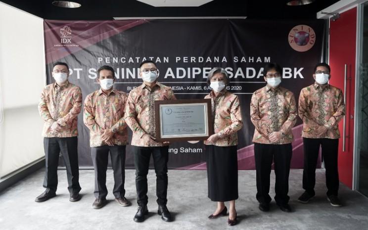 Perusahaan produsen boneka PT. Sunindo Adipersada Tbk. resmi mencatatkan sahamnya di Bursa Efek Indonesia (BEI) per hari ini, Kamis (6/8 - 2020).