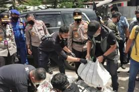 Polisi Korek Identitas Pengirim Sabu 200 Kilogram…