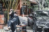 BMW Hadirkan Program Test Drive dan Cukur Rambut