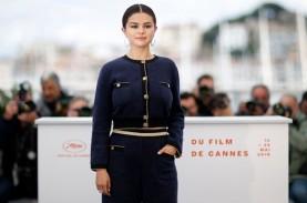 Selena Gomez Lakukan Kontemplasi Selama Pandemi Virus…