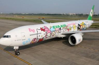 Tarik Minat Penumpang, Eva Air Gambar Hello Kitty di Badan Pesawat