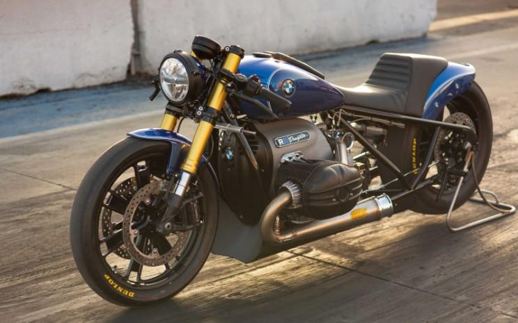 BMW Motorrad R 18 Dragster.  - BMW\\n