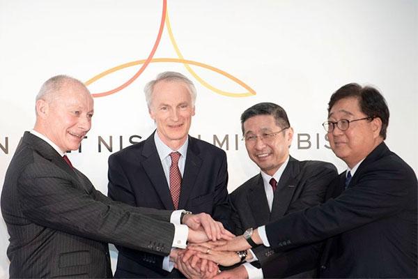 CEO Renault Thierry Bollor, Chairman Renault Jean-Dominique Senard, CEO Nissan Hiroto Saikawa, dan CEO Mitsubishi Motors Osamu Masuko.  - (Alliance)