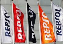 Ilustrasi bendera Repsol./REUTERS-Paul Hanna
