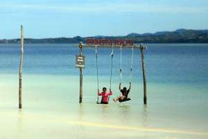 Pantai Ratu Menjadi Destinasi Wisata Bahari Andalan di Gorontalo