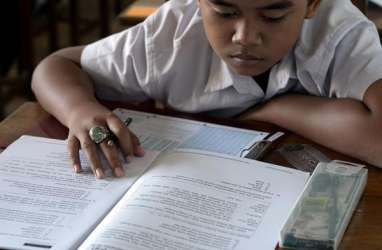 Menag Ungkap 4 Syarat Belajar Tatap Muka di Madrasah dan Pesantren