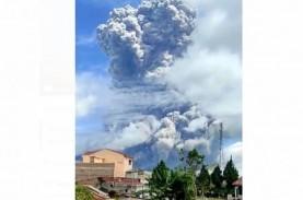Gunung Sinabung Erupsi Pagi Ini, Kolom Abu Sampai…