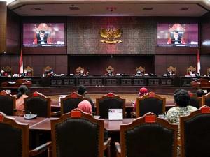 Mahkamah Konstitusi Kembali Gelar Sidang Pascapenundaan Karena Sterilisasi Covid-19
