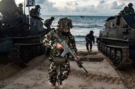Demi Menjaga Kedaulatan NKRI, TNI AL Gelar Latihan…