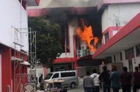 Gedung Telkom Pekanbaru Terbakar, IndiHome dan Telkomsel…