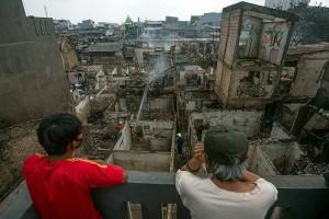 Kebakaran di Duri Selatan Jakarta Barat Mengakibatkan 974 Warga Kehilangan Tempat Tinggal