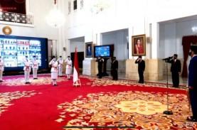 Jokowi Mengukuhkan Delapan Anggota Paskibraka Nasional…