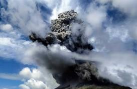 Gunung Sinabung Erupsi Lagi, Tinggi Kolom Abu Sekitar 2.000 Meter