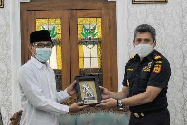 Sinergi Bea Cukai Magelang dan Pemkab Temanggung Kembangkan Industri Hasil Tembakau
