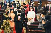 Jokowi: Krisis Memaksa Pemerintah Geser 'Channel' Cara Kerja ke 'Smart Short Cut'