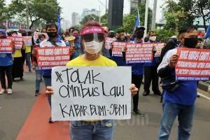 Massa FPR Gelar Aksi Menolak Rencana Pengesahan RUU Omnibus Law Cipta Lapangan Kerja