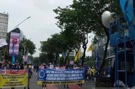 Demo Tolak Omnibus Law Jelang Jokowi Pidato RAPBN…