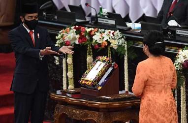 Jokowi Gelontorkan Rp419,3 Triliun untuk Bansos dan Kartu Prakerja pada 2021