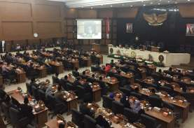 DPRD Jabar Lockdown, Sidang Paripurna HUT Jabar Dialihkan…