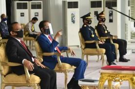 Presiden Jokowi Pimpin Renungan Suci di TMP Kalibata…